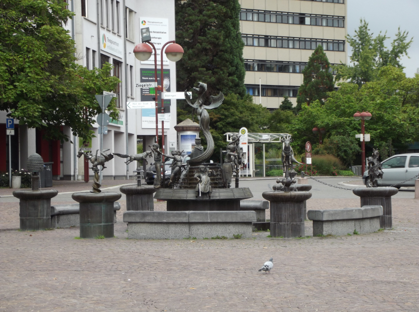 "This is the ""Friendship Fountain"" in Sindelfingen"