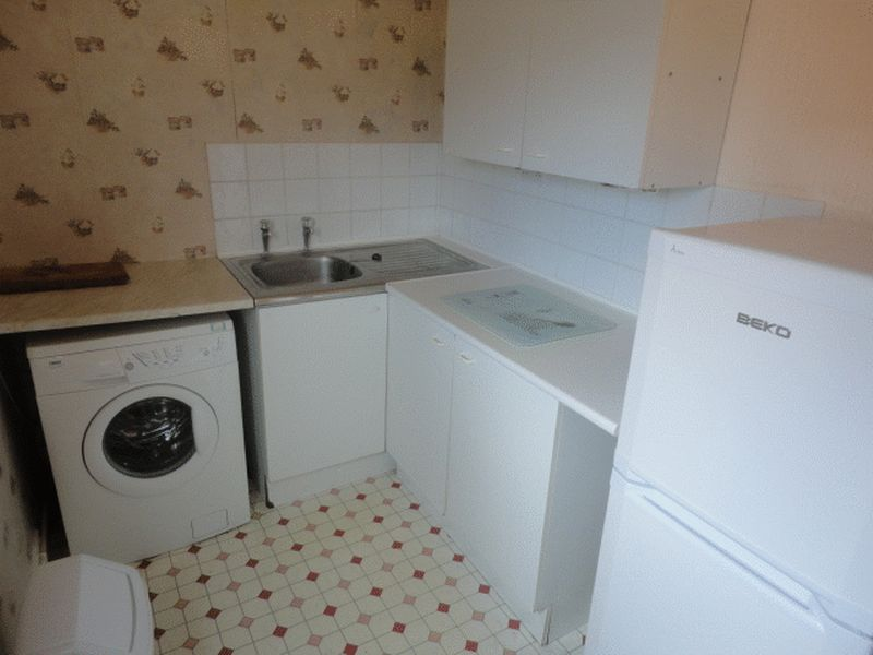 In the same house as above, they should have used a spirit level at some point during the fitting of this kitchen...