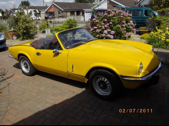 triumph spitfire yellow