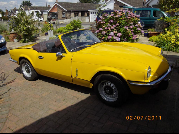 triumph spitfire yellow