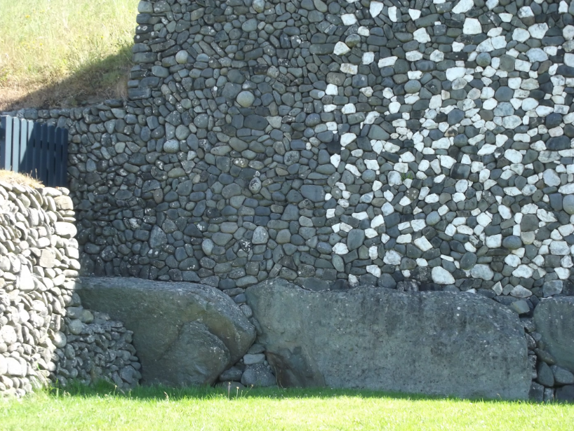 A closer picture of the old and reconstructed stones.