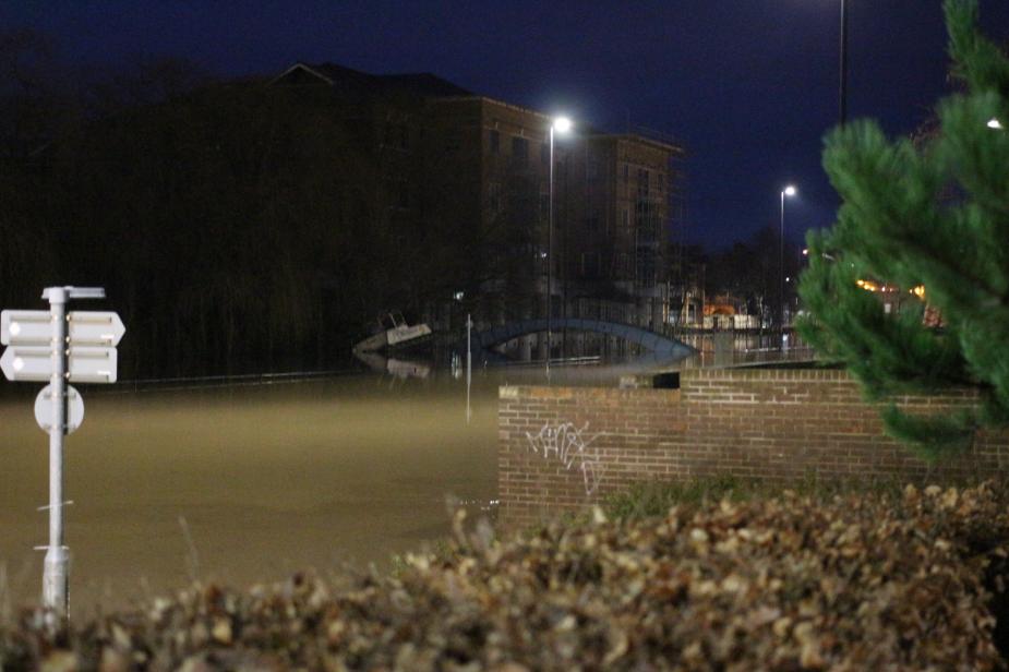 York flood december 2015 boat river rescue water mooring bridge foss islands road