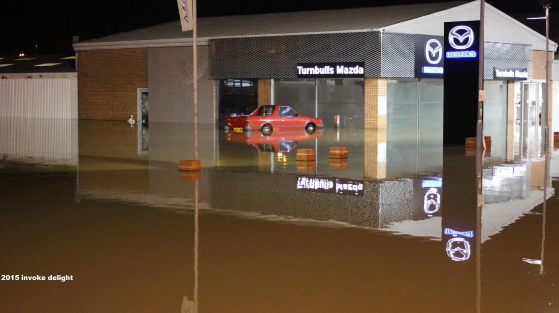 York floods 2015 car stranded water level rising december