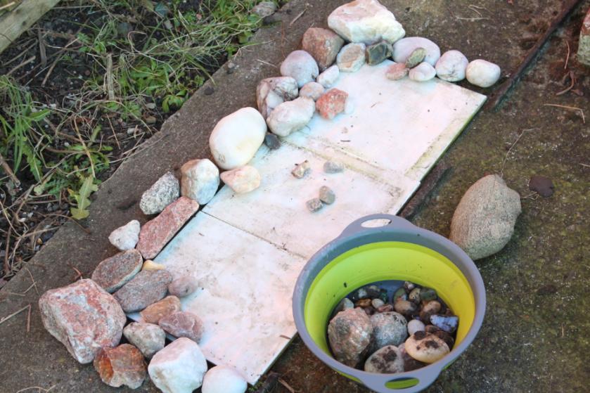 Garden rockery rocks mini micro gardening