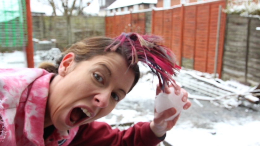 Punk snow. Mohican hair tutorial in the snow. Punk.