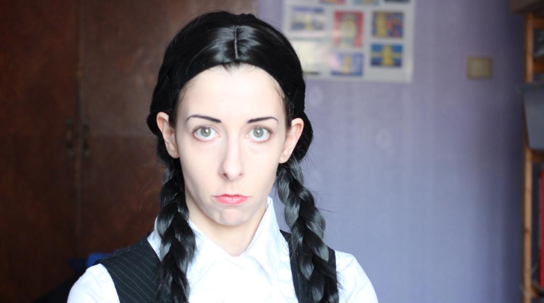 Wednesday Addams cosplay tutorial.